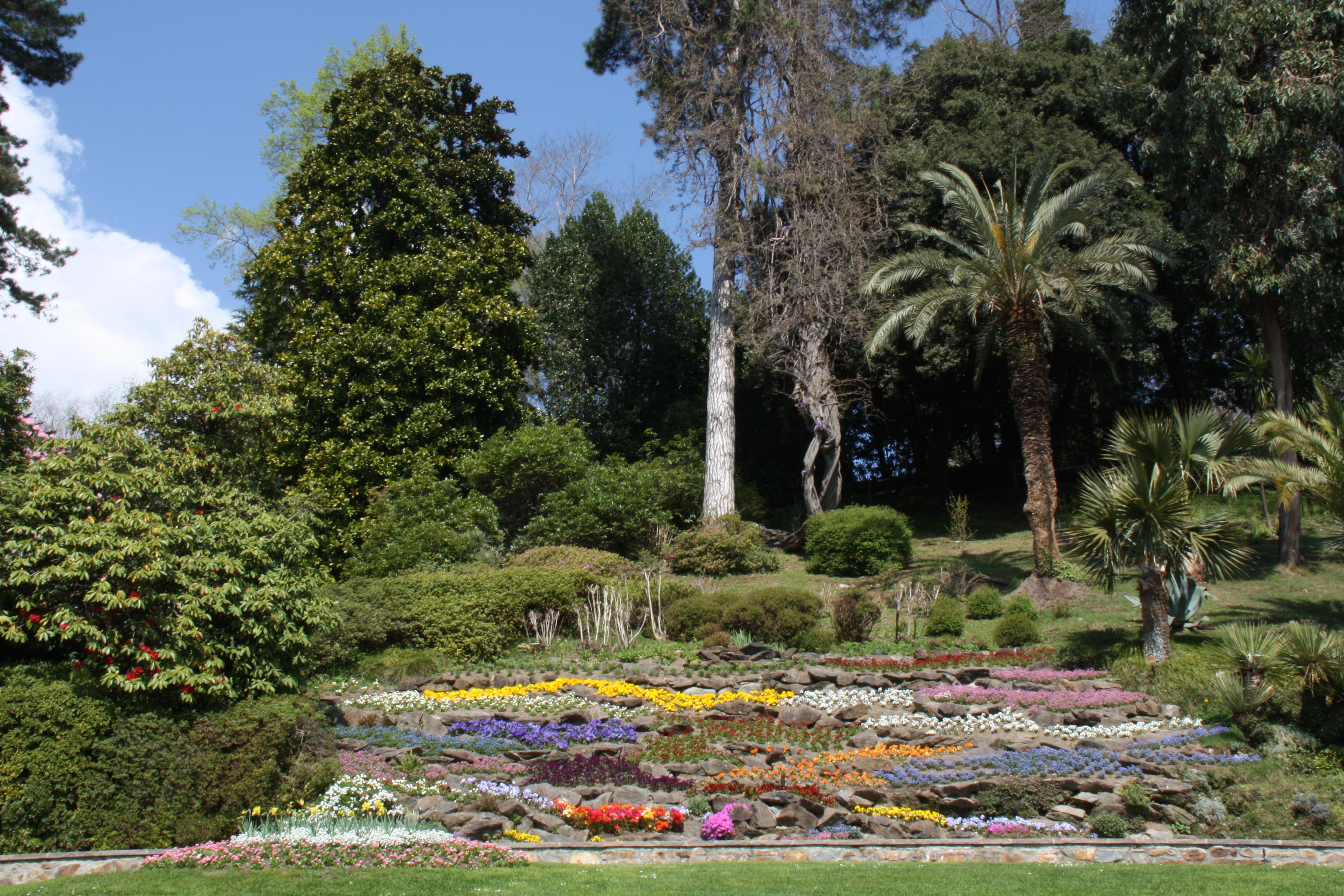 Enchanted Garden: Lake Como & The Enchanted Garden